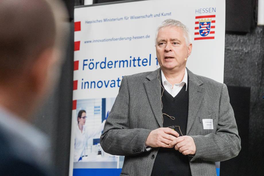 health&media präsentiert auf LOEWE Fachforum